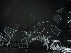 割れたガラスゲーム